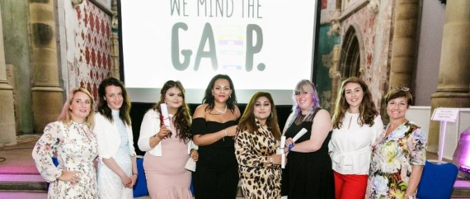 wemindthegap group photo